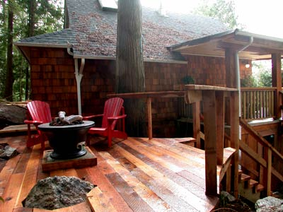 Treehouse - deck